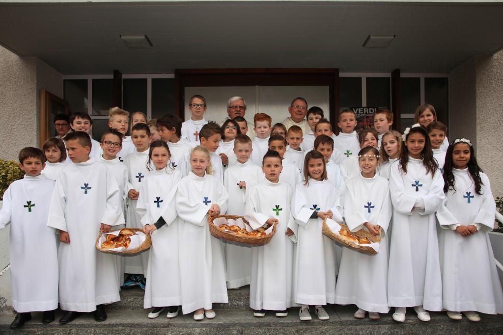 160501-premier-communion-groupe